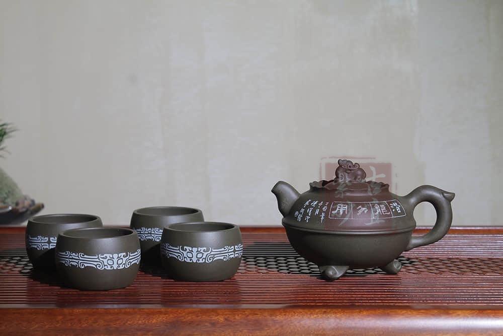 《双龙戏水》纯全手工宜兴紫砂壶原矿绿泥 功夫泡茶壶套壶